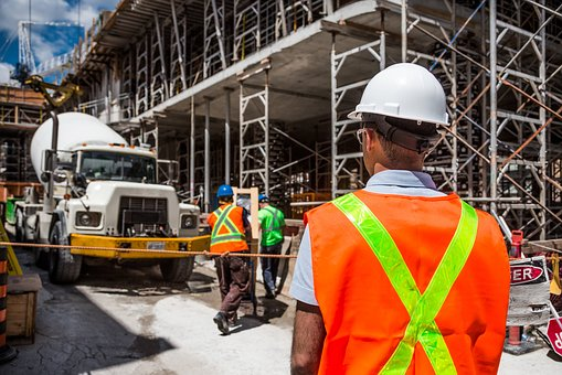 Things To Consider When Hiring Contractors